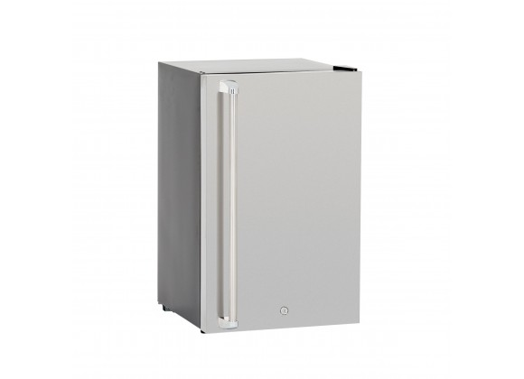 """Summerset Grills 21"""" 4.5c Deluxe Compact Refrigerator - Angled View"""