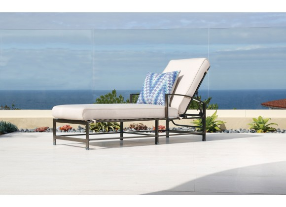 La Jolla Aluminum Chaise - With Cushion - Lifestyle