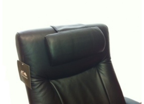 Mac Motion Top Grain Leather Cervical Pillow Finish in Black And Tan