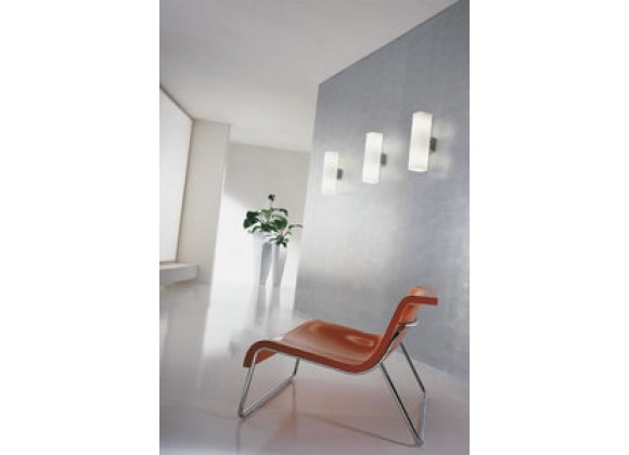 Illuminating Experiences De Majo Series 2 Light Incandescent Wall Lamp