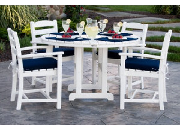 POLYWOOD¨ La Casa Cafe 5-Piece Dining Set with Cushions