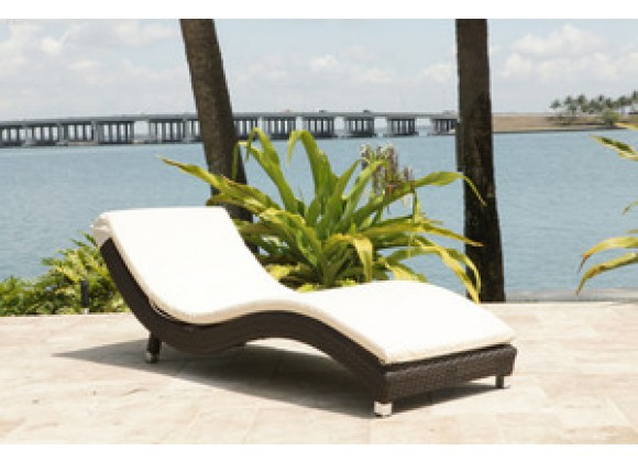 Source Outdoor Wave Chaise Lounge