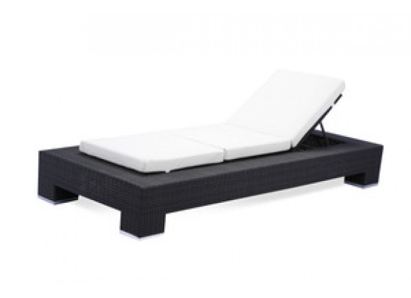 Source Outdoor King Chaise Lounge