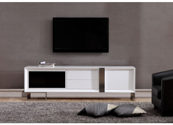 Entertainer TV Stand