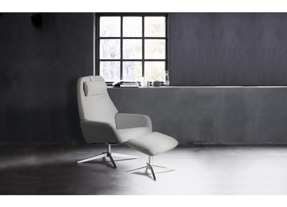 Camillo Chair With Footrest In Balder Congac Leather - Lifestyle