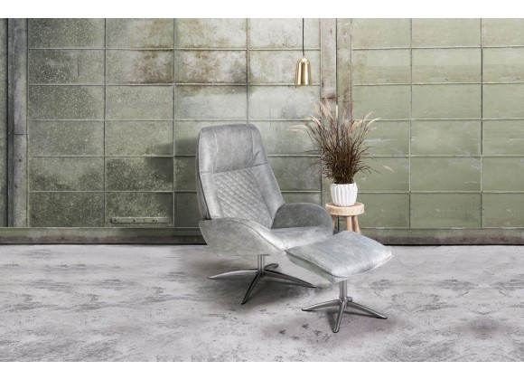 Bordeaux Chair With Footrest In Balder Leather - Lifestyle