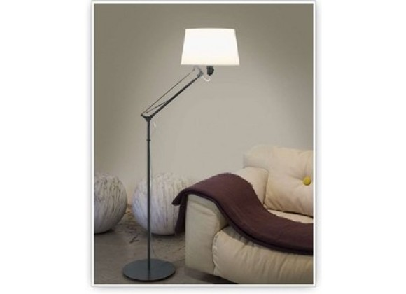 Tango Lighting Carpyen Lektor Floor Lamp