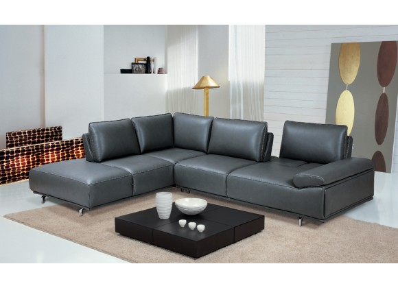 Roxanne Left Hand Facing Sectional in Dark Grey - Lifestyle