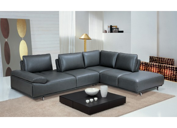 Roxanne Right Hand Facing Sectional In Dark Grey - Lifestyle