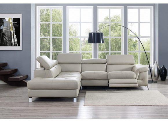 Madison Sectional In Chaise On Left - Lifestyle