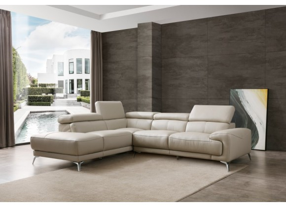 Fabiola Sectional With Chaise On Left - Lifestyle